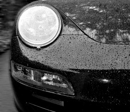 Wet Porsche